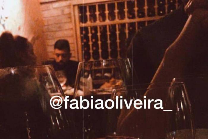 Gabigol e Rafaella jantam juntos novamente
