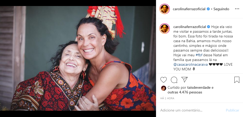 Carolina Ferraz surge em clique raro ao lado de mãe