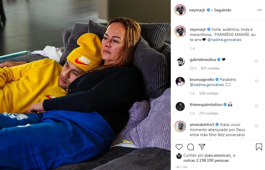 """Neymar Jr. parabeniza mãe e aniversariante, Nadine Santos, e declaração emociona: """"Eu te amo"""""""