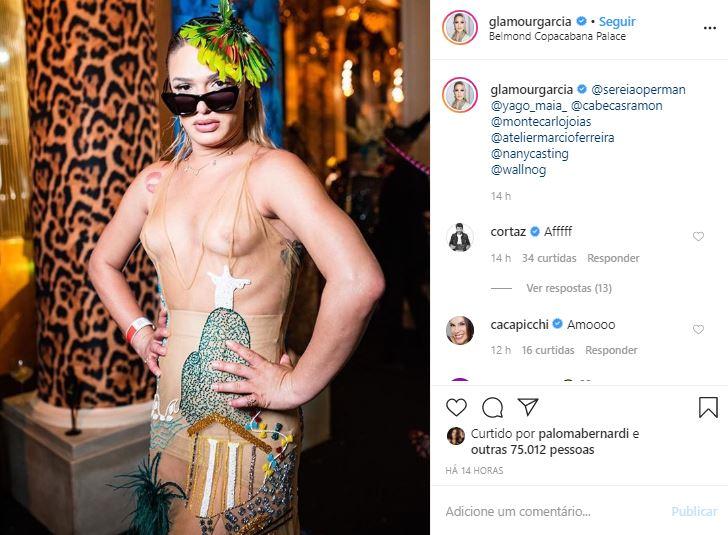 Glamour Garcia abusou da transparência em look de carnaval