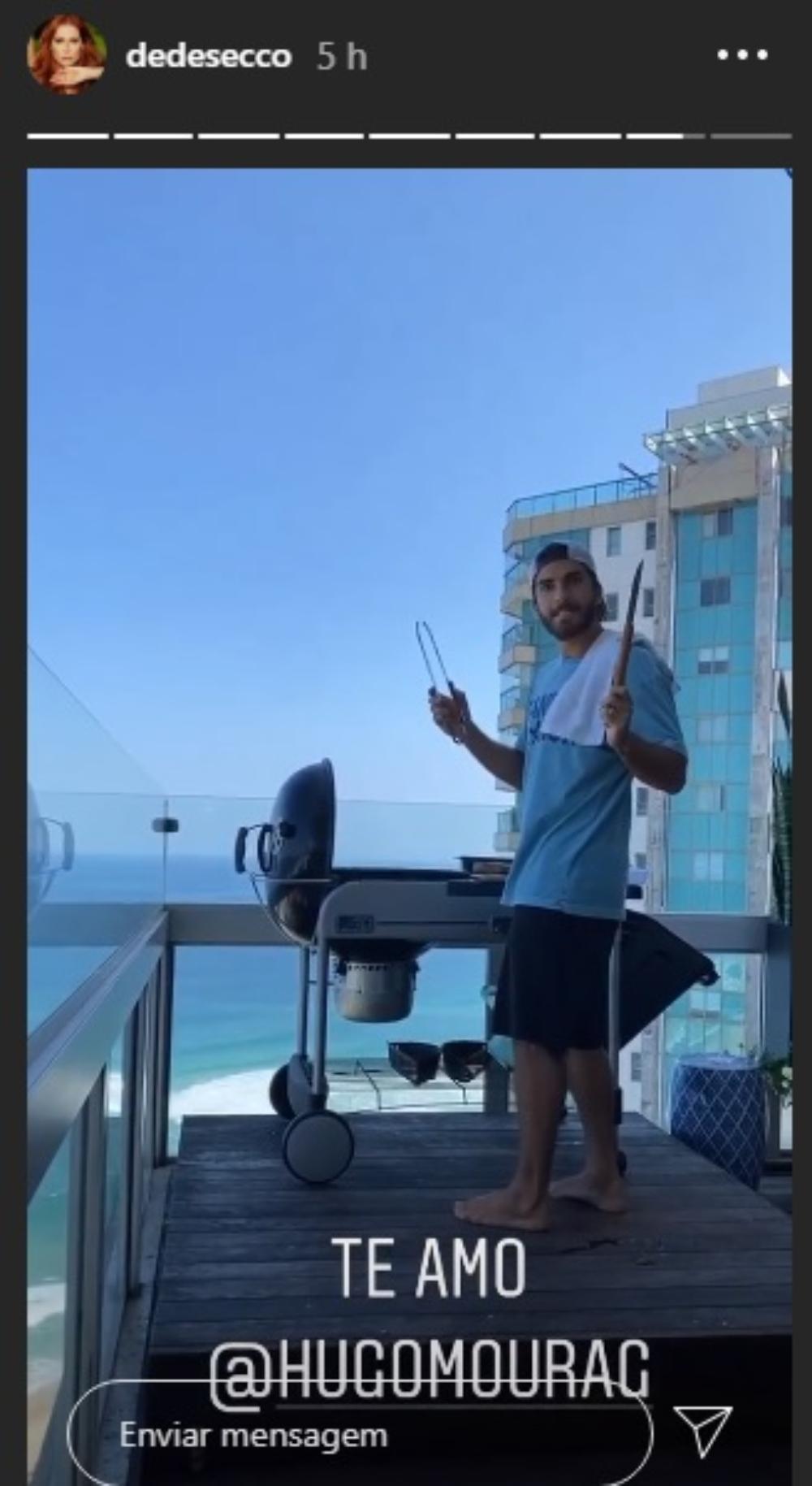 Hugo Moura faz churrasco no Rio de Janeiro