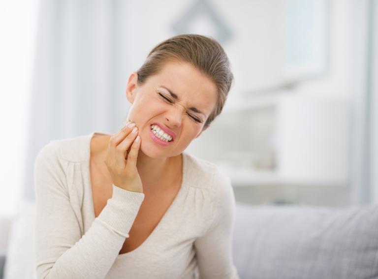 Sensibilidade nos dentes tem sete causas principais