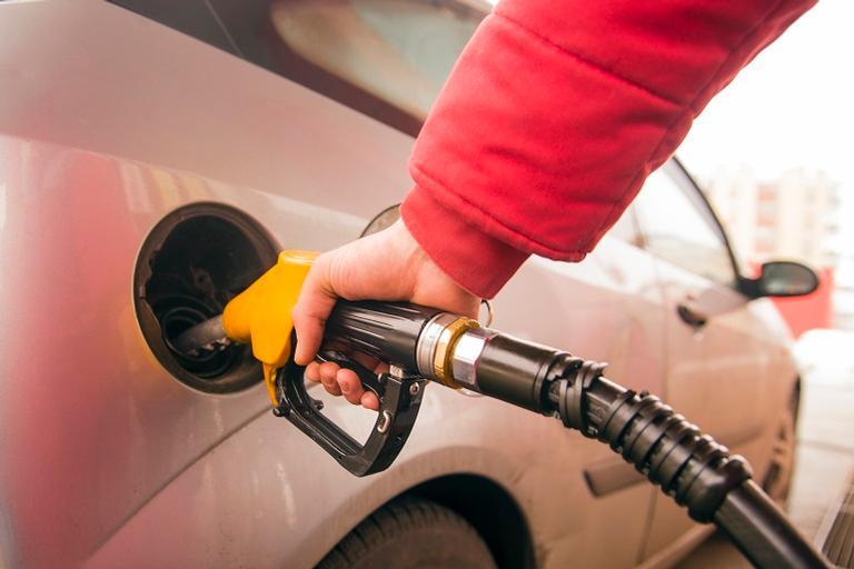 O valor médio do litro passou de R$ 4,194 para R$ 4,198