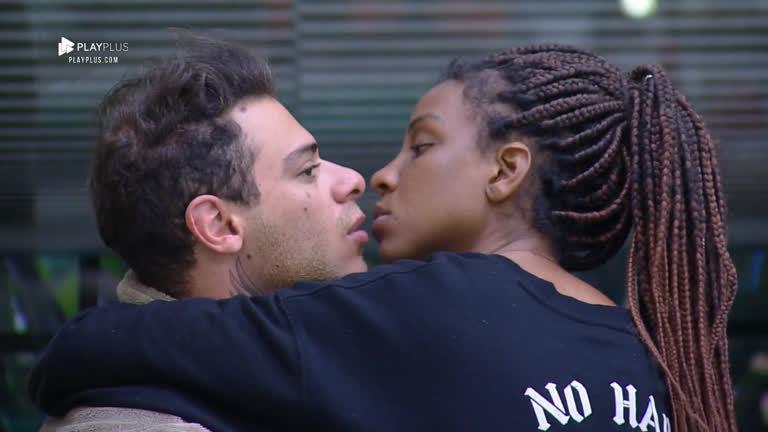 Léo Stronda e Luane Dias