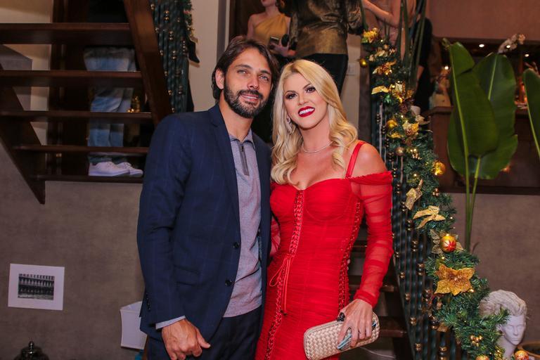 Val Marchiori comparece com novo namorado em festa luxuosa em São Paulo
